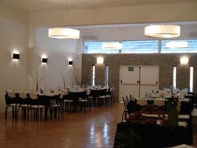 Salones de eventos miradas multieventos lomas de zamora for Abrakadabra salon